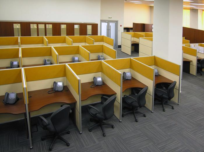 Широкий выбор мебели для call центра от